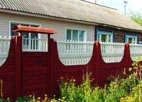 Декоративный забор с монолитный основанием
